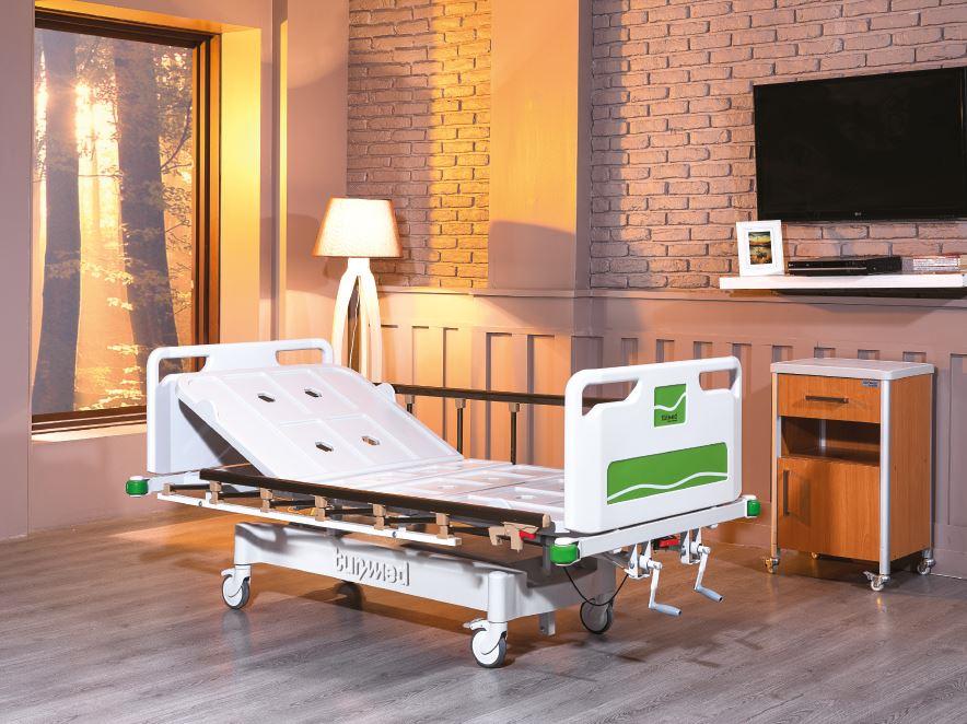 Pat spital cu actionare manuala TM 4071