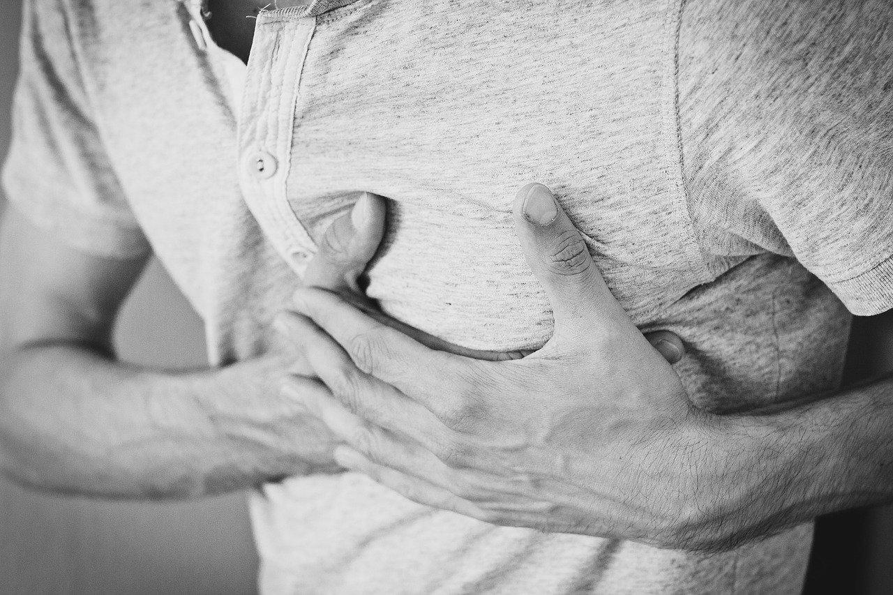 Ce este durerea in piept – cauze si masuri de preventie